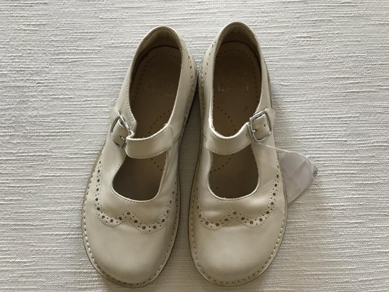 prezzo imbattibile sito ufficiale ultima vendita scarpe eureka 34